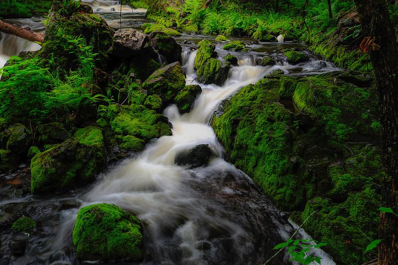 Kakabika Falls 01