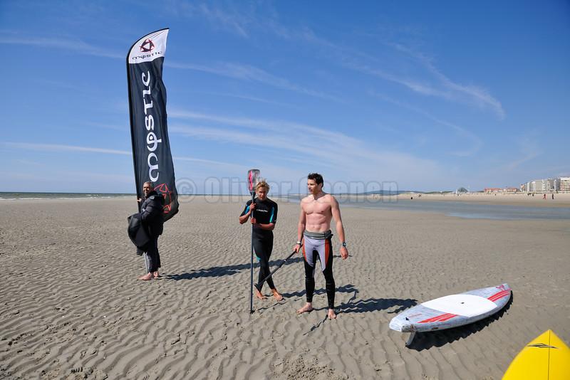 """""""En Mai Ride comme il te plait au Touquet"""" 12 et 13 Mai 2012 Base Sud Compétition de Kitesurf et de Stand Up Paddle au Touquet"""