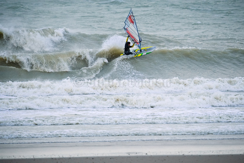 Session Windsurf matinale à Wissant 22/12/2013