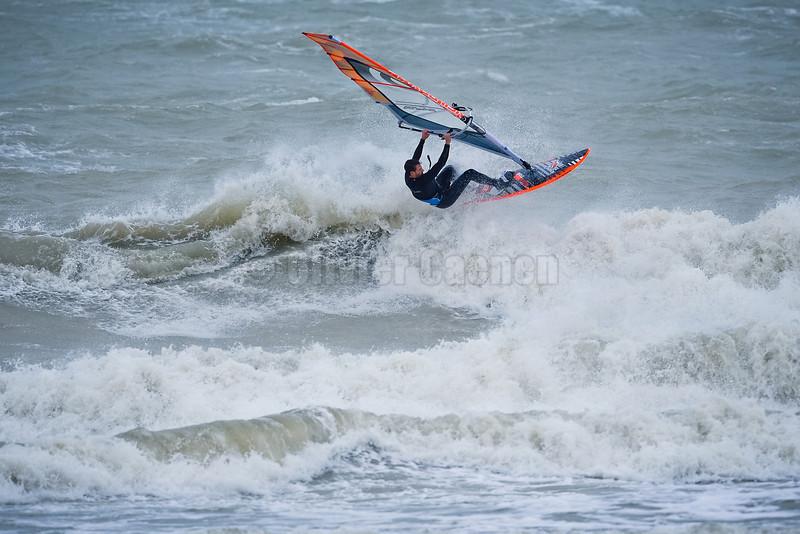 Bastien Ramery Session Windsurf matinale à Wissant 22/12/2013
