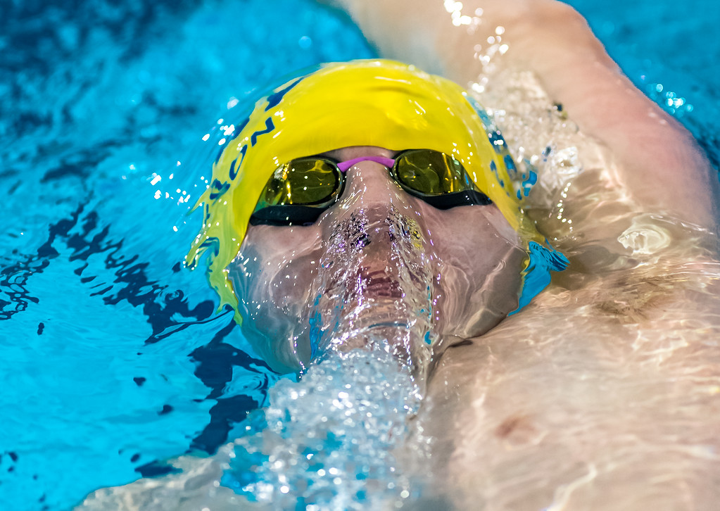 Judson Nickerson competes in the 400m IM at the 2017 RBC Canadian Junior Championships