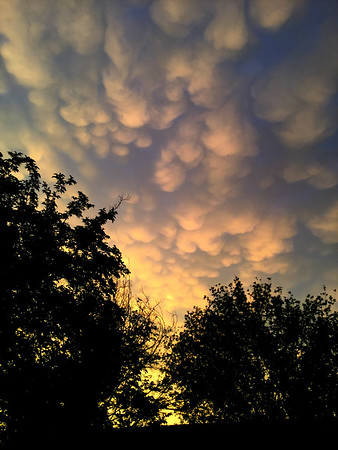Sunset Mamatus Clouds -II