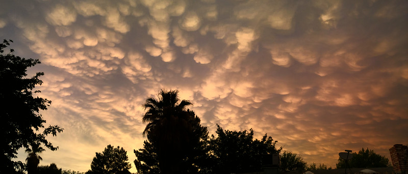 Sunset Mamatus Clouds - Pano