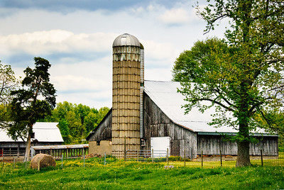 Quiet Farm and Barn