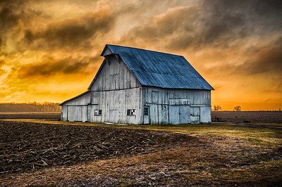 Hoosier Barn at Sunrise