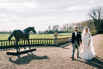 Wedding couple at Prestwold Hall with horse