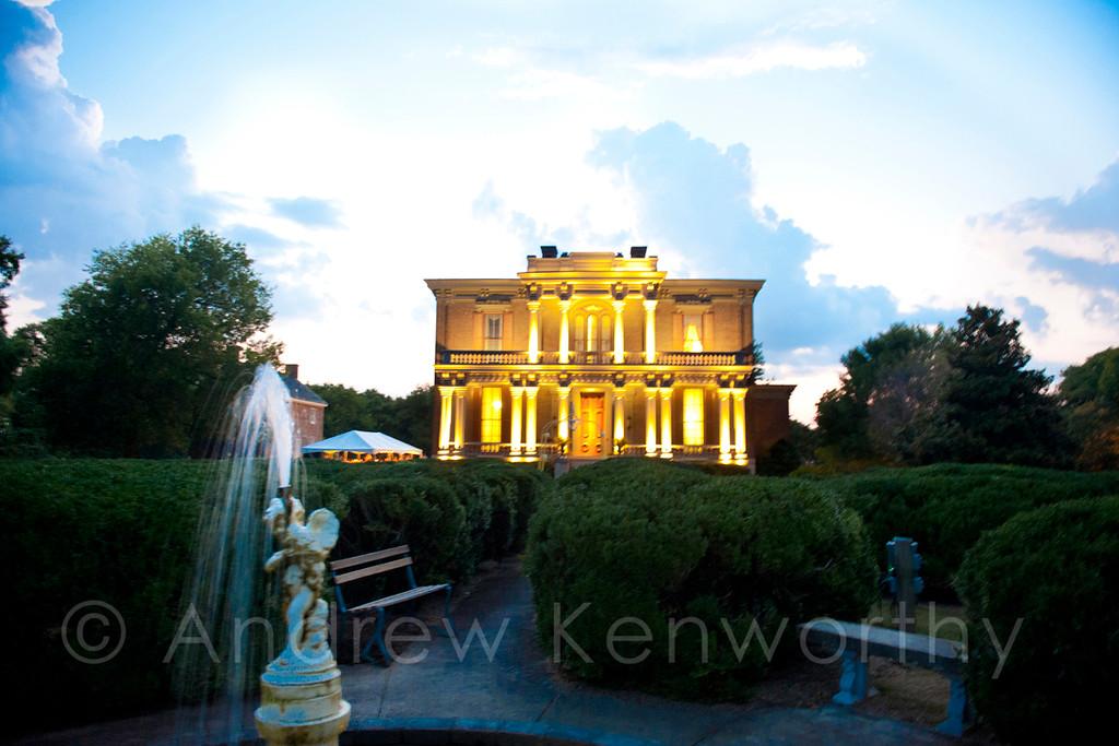 Two Rivers Mansion, Nashville