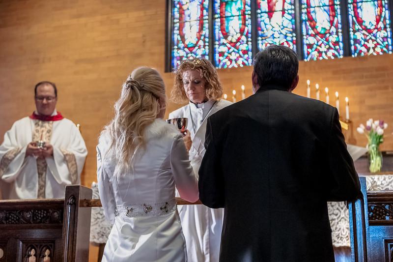 201905010WY_Amy_Smith_&_Scott_Meier_Wedding (735)MS