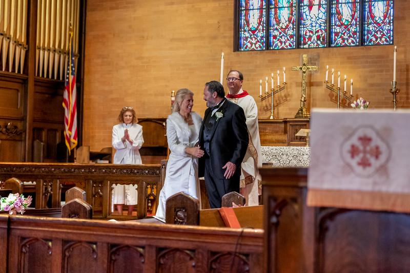 201905010WY_Amy_Smith_&_Scott_Meier_Wedding (4281)MS