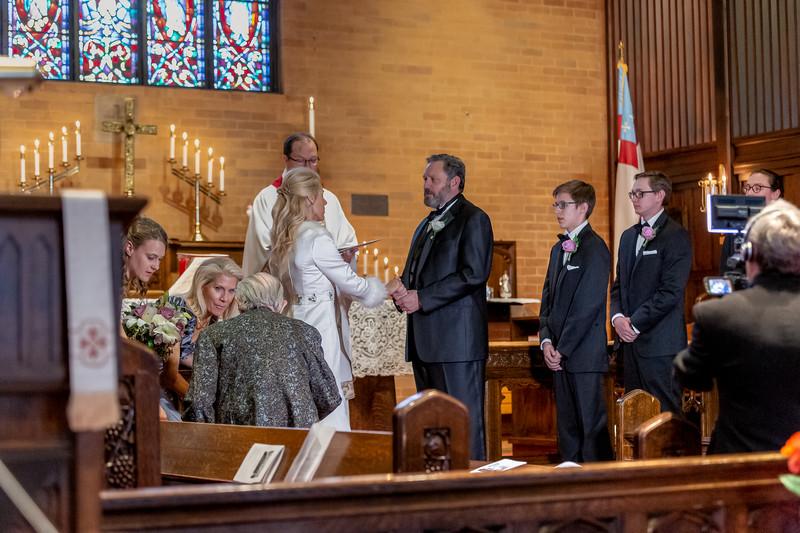 201905010WY_Amy_Smith_&_Scott_Meier_Wedding (3921)MS