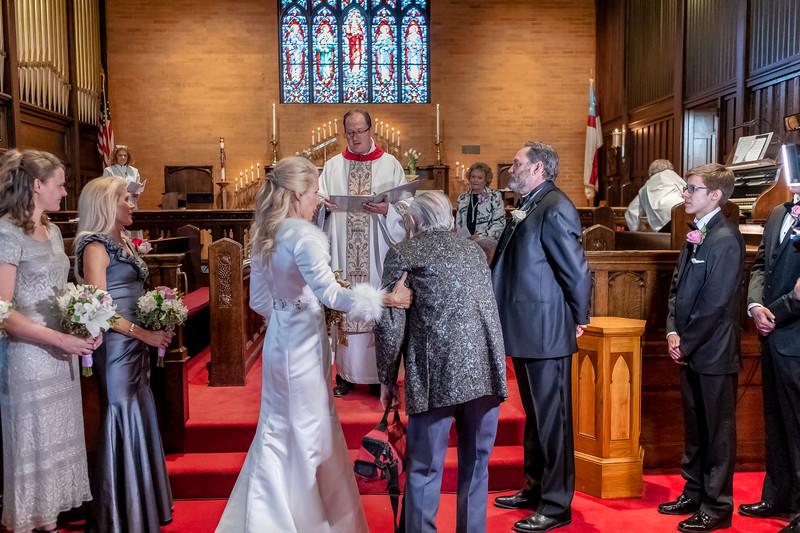 201905010WY_Amy_Smith_&_Scott_Meier_Wedding (162)MS