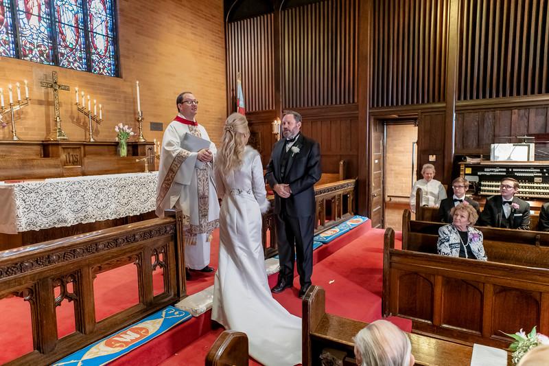 201905010WY_Amy_Smith_&_Scott_Meier_Wedding (827)MS