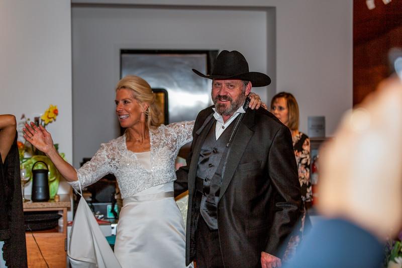 201905010WY_Amy_Smith_&_Scott_Meier_Wedding (5836)MS