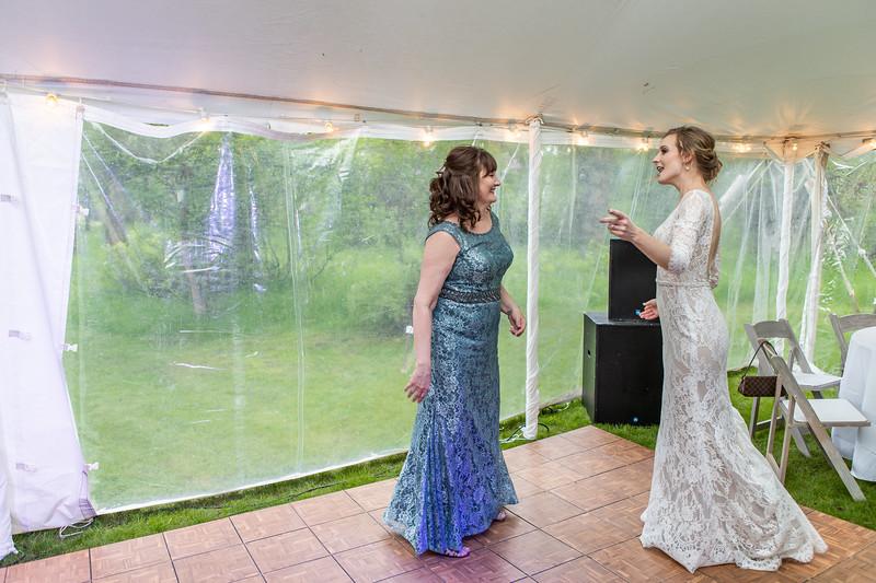 20190622WY_Lindsey Bennett_& Derek_McIlvaine_Wedding (2601)