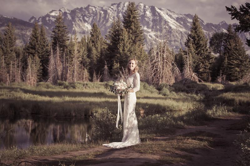 20190623WY_Lindsey Bennett_& Derek_McIlvaine_Wedding_&_Bride-Groom_Portrait_Session (107)-2