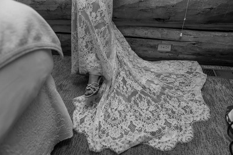 20190622WY_Lindsey Bennett_& Derek_McIlvaine_Wedding (723)-2