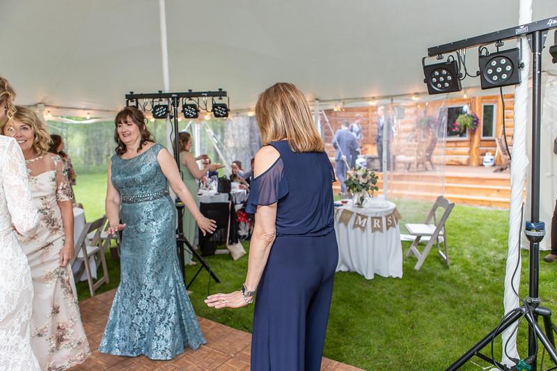 20190622WY_Lindsey Bennett_& Derek_McIlvaine_Wedding (2362)