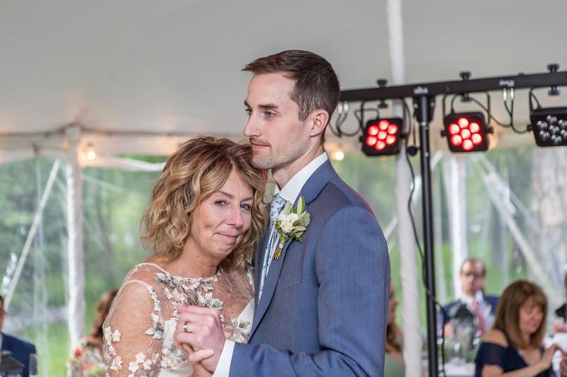 20190622WY_Lindsey Bennett_& Derek_McIlvaine_Wedding (2295)