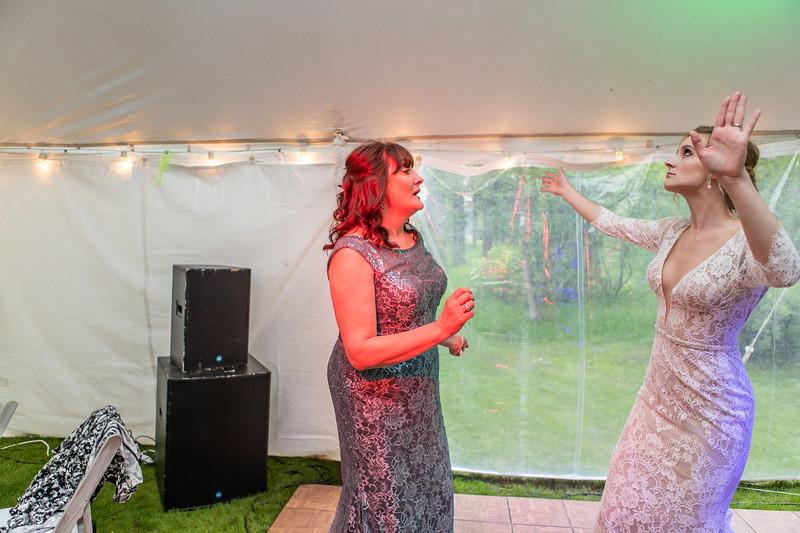 20190622WY_Lindsey Bennett_& Derek_McIlvaine_Wedding (2658)