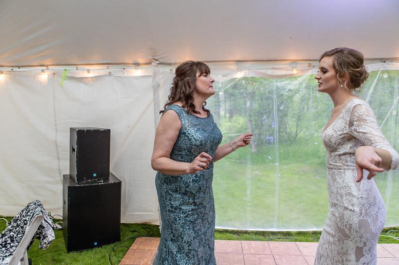 20190622WY_Lindsey Bennett_& Derek_McIlvaine_Wedding (2659)