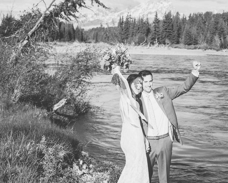 20190623WY_Lindsey Bennett_& Derek_McIlvaine_Wedding_&_Bride-Groom_Portrait_Session (216)-3