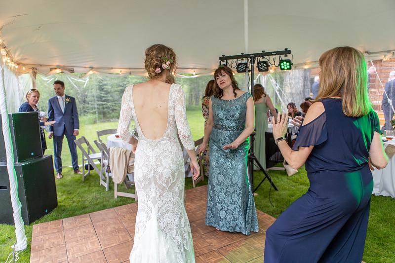 20190622WY_Lindsey Bennett_& Derek_McIlvaine_Wedding (2366)