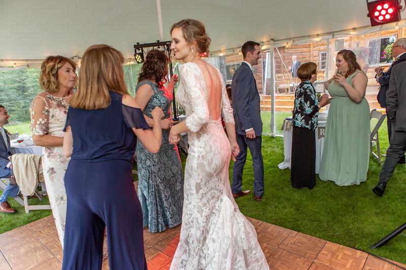20190622WY_Lindsey Bennett_& Derek_McIlvaine_Wedding (2351)
