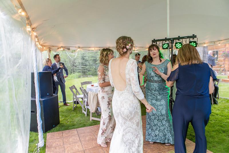 20190622WY_Lindsey Bennett_& Derek_McIlvaine_Wedding (2364)