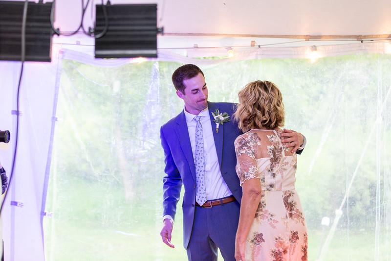 20190622WY_Lindsey Bennett_& Derek_McIlvaine_Wedding (4367)