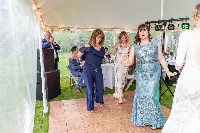 20190622WY_Lindsey Bennett_& Derek_McIlvaine_Wedding (2339)