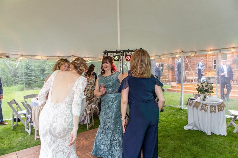 20190622WY_Lindsey Bennett_& Derek_McIlvaine_Wedding (2363)