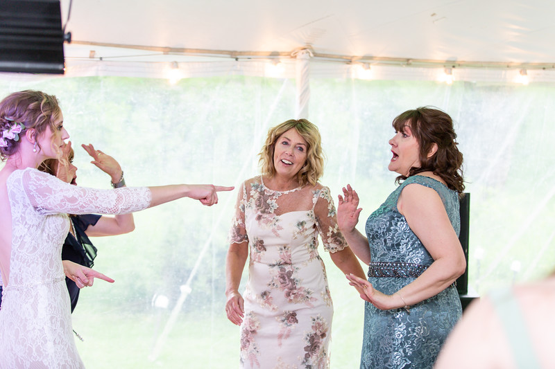 20190622WY_Lindsey Bennett_& Derek_McIlvaine_Wedding (4393)
