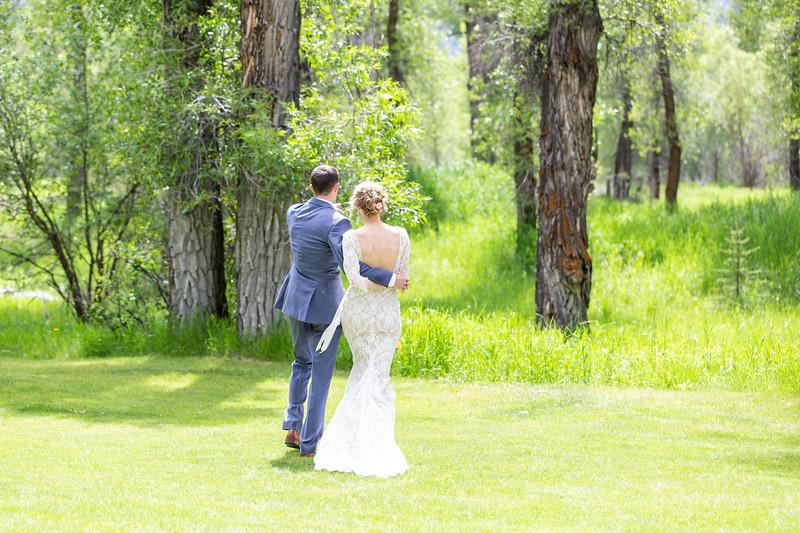 20190622WY_Lindsey Bennett_& Derek_McIlvaine_Wedding (3286)