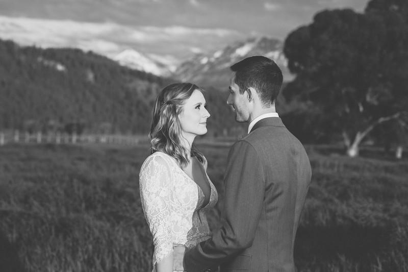 20190623WY_Lindsey Bennett_& Derek_McIlvaine_Wedding_&_Bride-Groom_Portrait_Session (7)-3