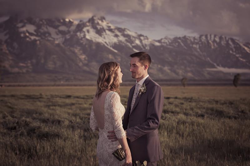 20190623WY_Lindsey Bennett_& Derek_McIlvaine_Wedding_&_Bride-Groom_Portrait_Session (5)-2