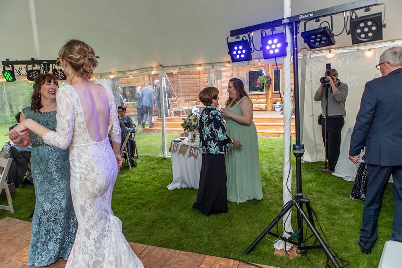 20190622WY_Lindsey Bennett_& Derek_McIlvaine_Wedding (2353)