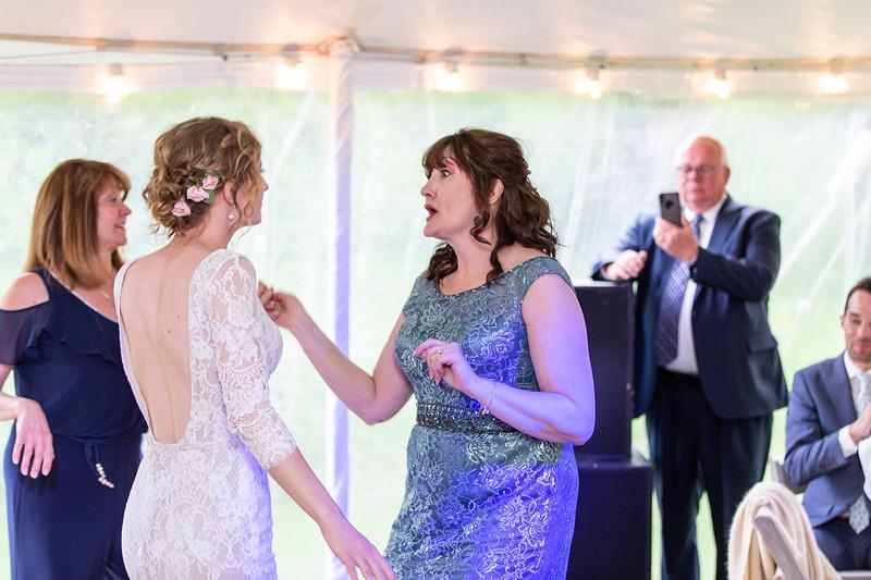 20190622WY_Lindsey Bennett_& Derek_McIlvaine_Wedding (4376)