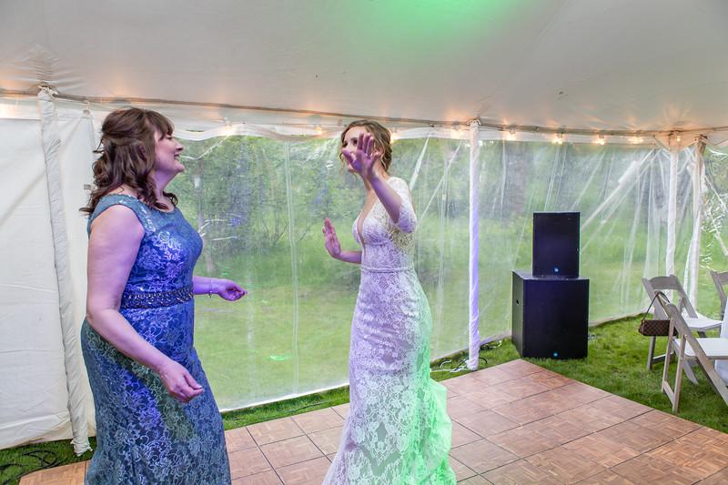 20190622WY_Lindsey Bennett_& Derek_McIlvaine_Wedding (2638)