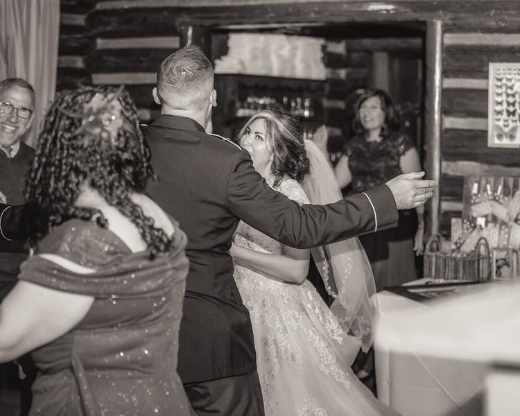 20181006-Benjamin_Peters_&_Evelyn_Calvillo_Wedding-Log_Haven_Utah (4645)123MI-2