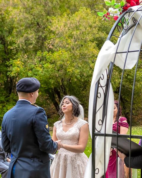 20181006-Benjamin_Peters_&_Evelyn_Calvillo_Wedding-Log_Haven_Utah (1582)LS2