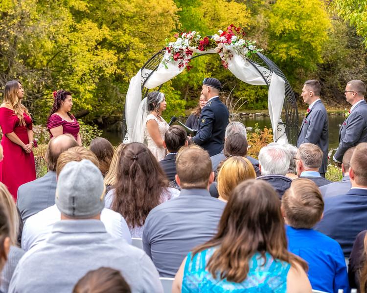 20181006-Benjamin_Peters_&_Evelyn_Calvillo_Wedding-Log_Haven_Utah (983)LS2