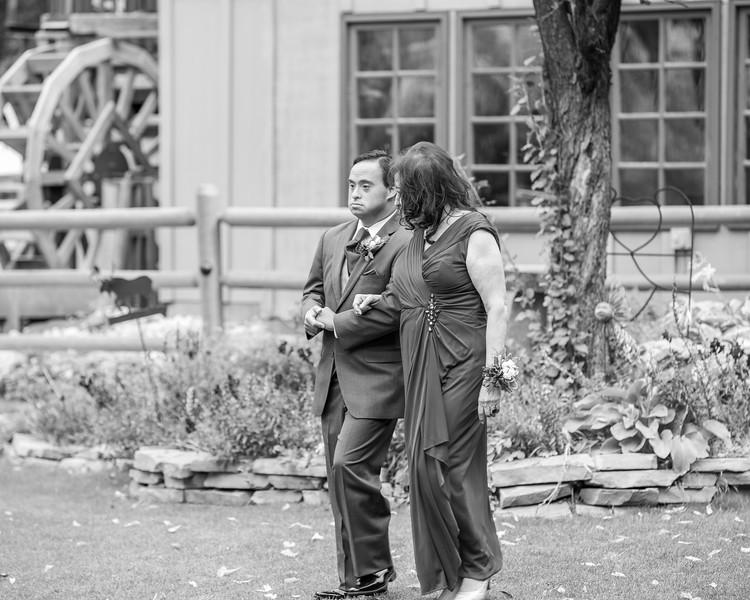 20181006-Benjamin_Peters_&_Evelyn_Calvillo_Wedding-Log_Haven_Utah (631)-2