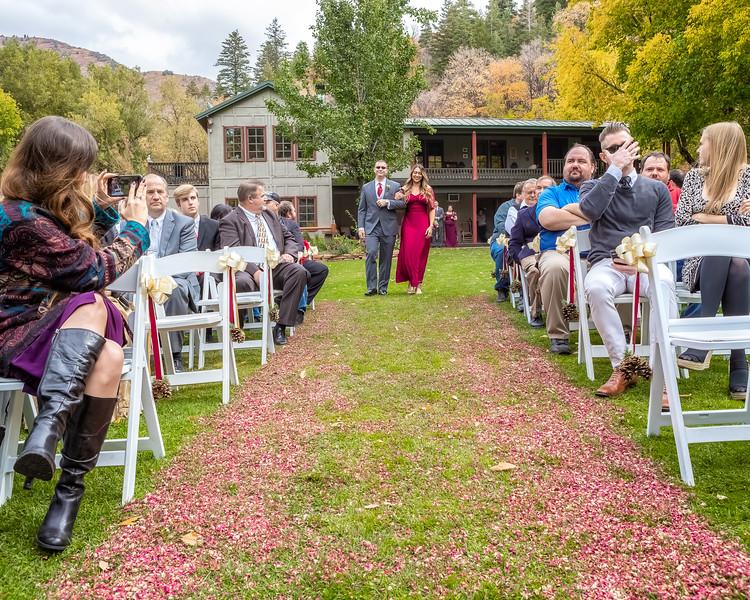 20181006-Benjamin_Peters_&_Evelyn_Calvillo_Wedding-Log_Haven_Utah (697)LS2