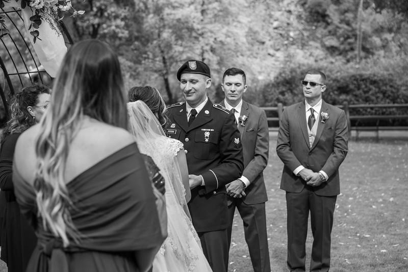 20181006-Benjamin_Peters_&_Evelyn_Calvillo_Wedding-Log_Haven_Utah (1196)-2