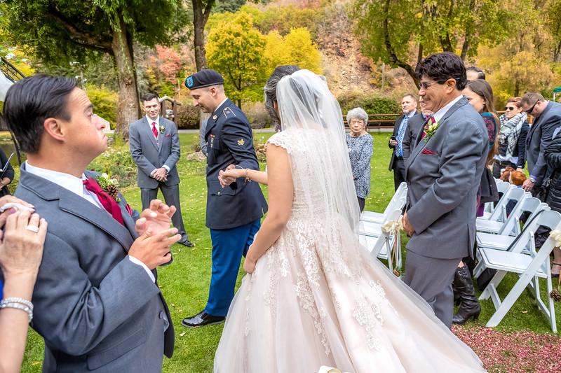 20181006-Benjamin_Peters_&_Evelyn_Calvillo_Wedding-Log_Haven_Utah (907)LS2