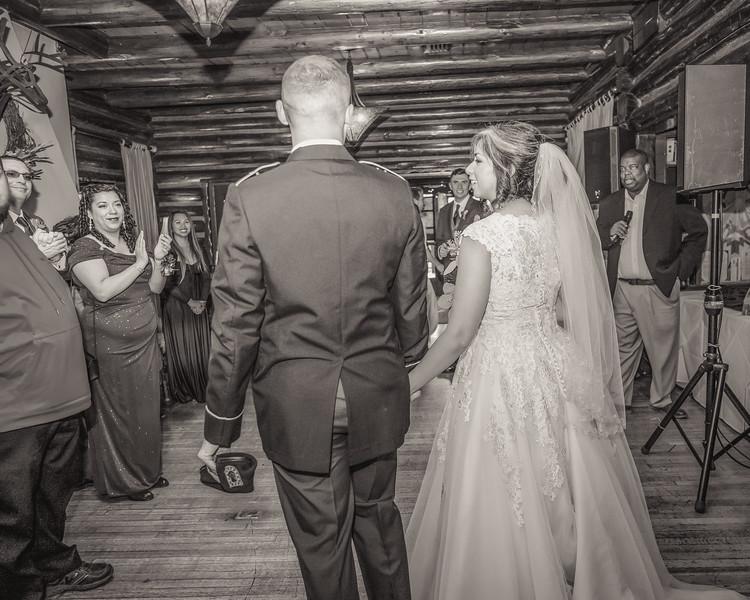20181006-Benjamin_Peters_&_Evelyn_Calvillo_Wedding-Log_Haven_Utah (3413)123MI-2