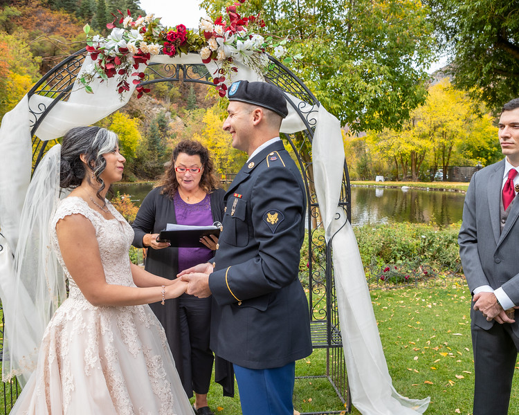 20181006-Benjamin_Peters_&_Evelyn_Calvillo_Wedding-Log_Haven_Utah (1142)