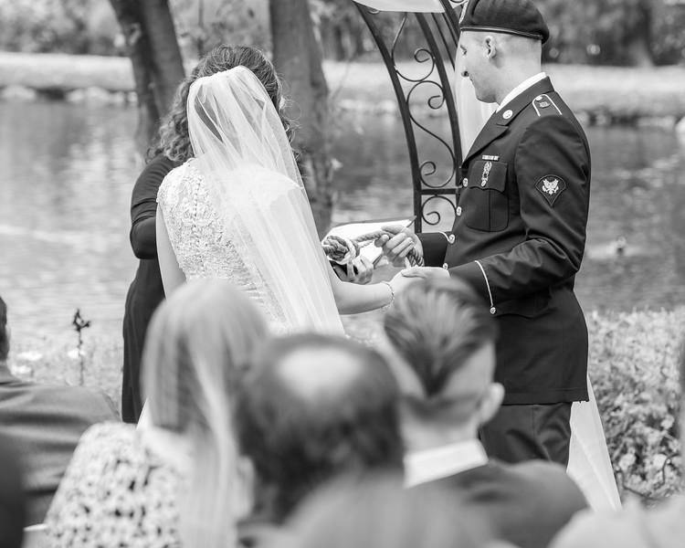 20181006-Benjamin_Peters_&_Evelyn_Calvillo_Wedding-Log_Haven_Utah (1520)-2