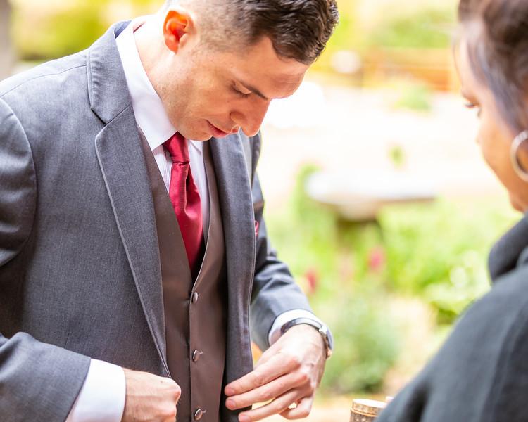 20181006-Benjamin_Peters_&_Evelyn_Calvillo_Wedding-Log_Haven_Utah (541)