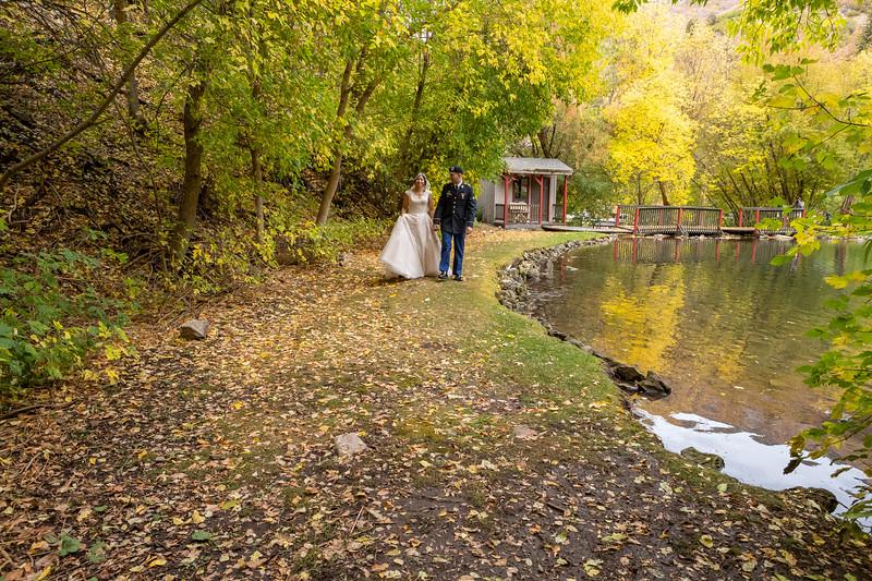 20181006-Benjamin_Peters_&_Evelyn_Calvillo_Wedding-Log_Haven_Utah (2308)